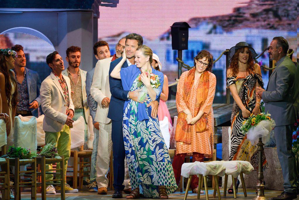 Il cast di Mamma Mia, il musical sugli Abba. Foto di Antonio Agostini