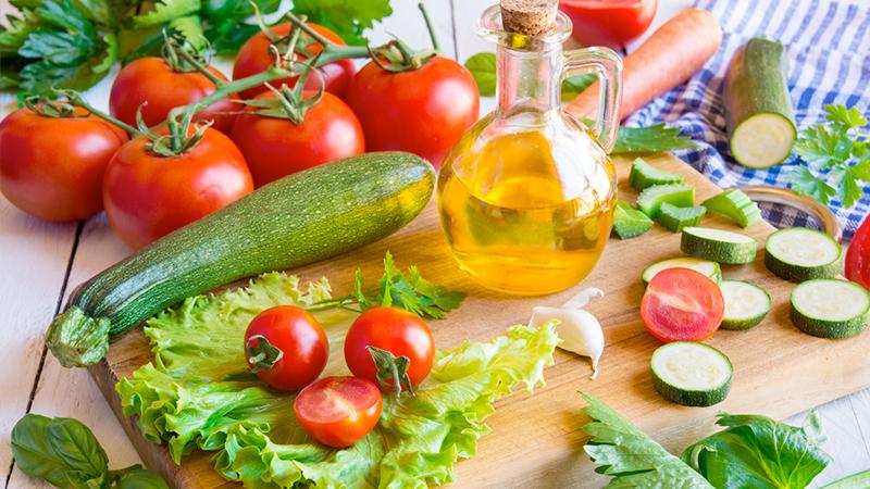 Soffri di insonnia? Prova con la dieta mediterranea