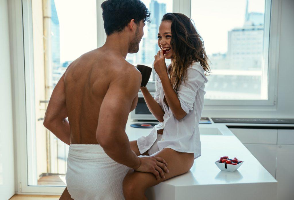 Ecco i cibi che accendono la passione femminile