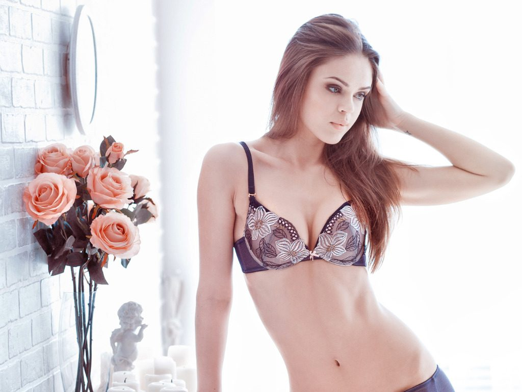 Flower power, anche nell'intimo