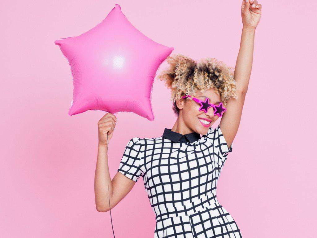 Pink sunglasses, la vita è rosa (anche in autunno)