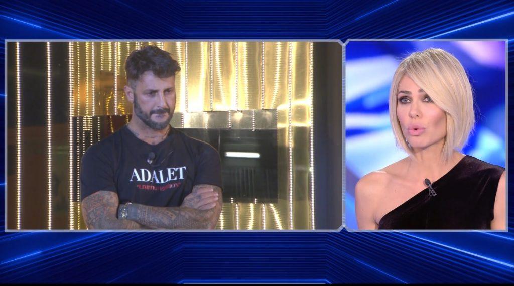 Grande Fratello Vip, Ilary Blasi attacca Fabrizio Corona