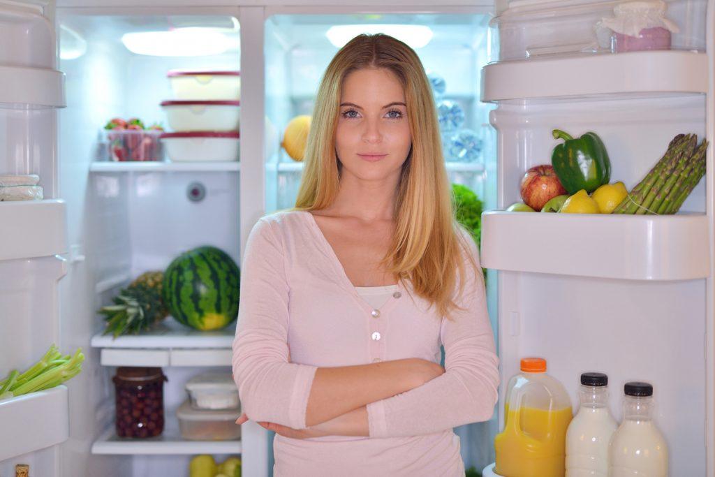 riempire il frigorifero