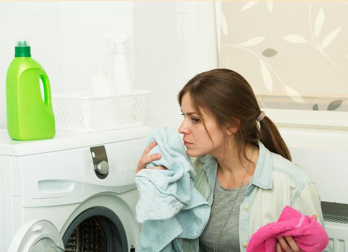 Il bucato non profuma? E' tempo di lavare la lavatrice