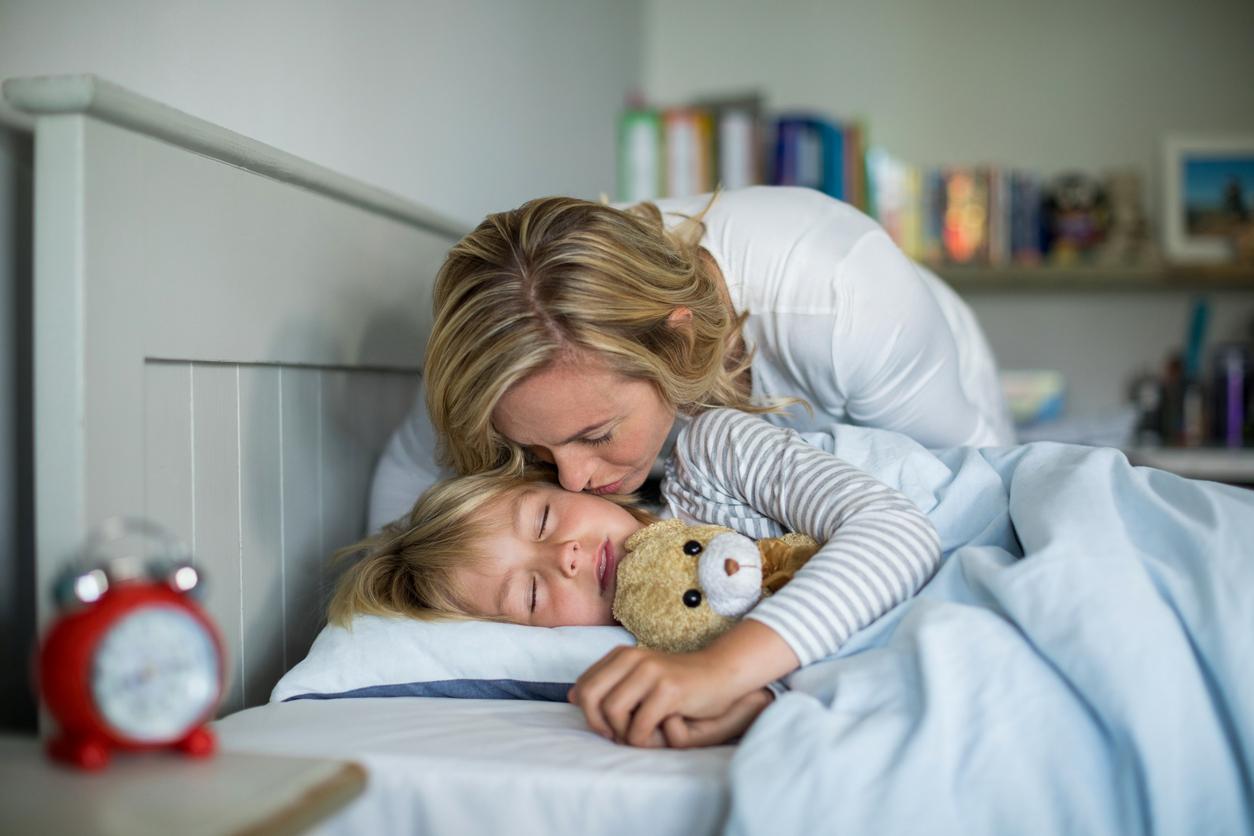 Fare addormentare i bambini piccoli con il giusto metodo - Metodi per far dormire i bambini nel loro letto ...