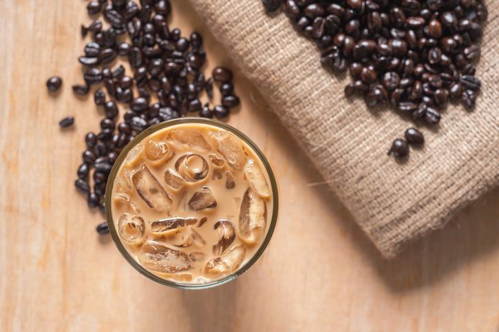 Caffè? Meglio bollente che freddo: cosa sapere