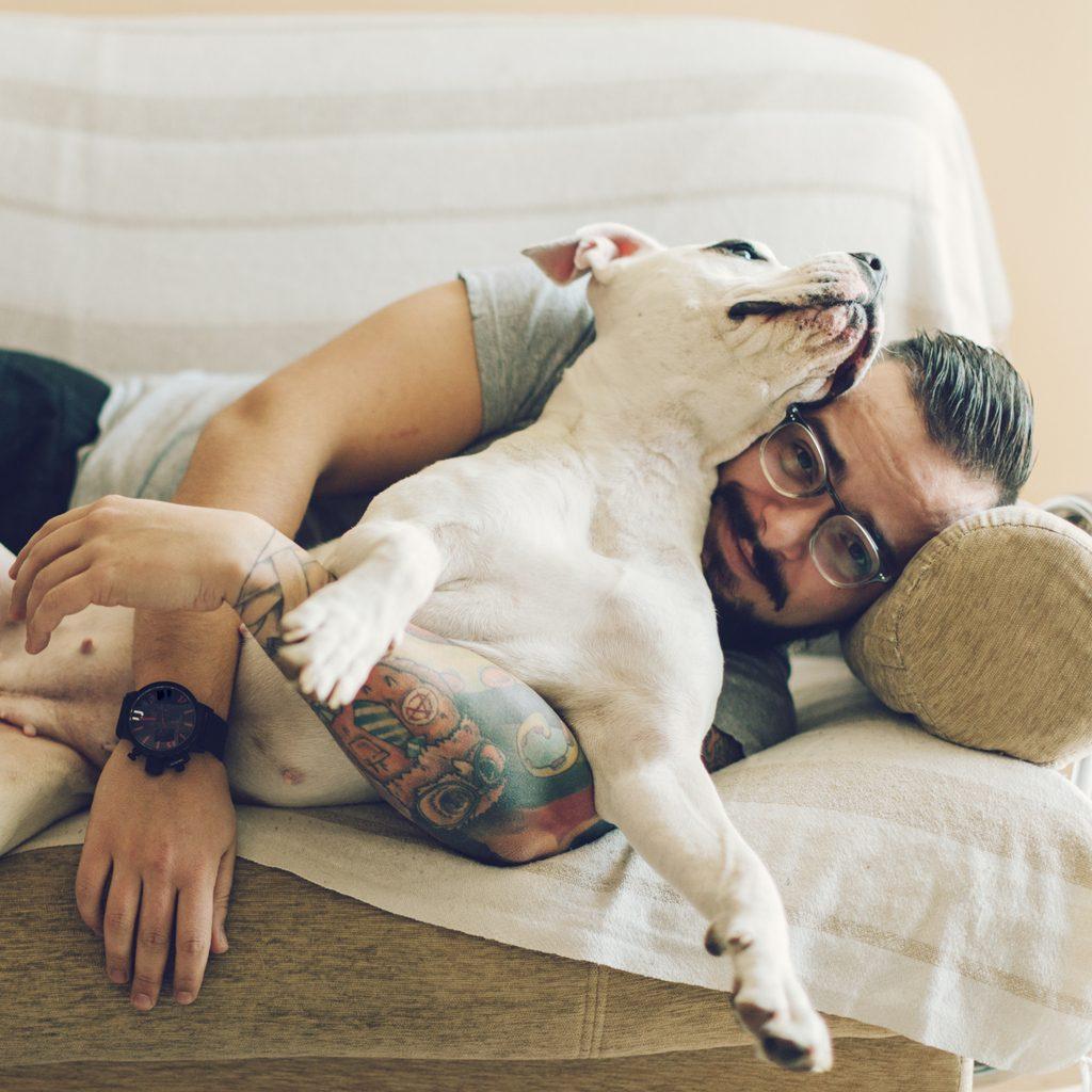 Si passa più tempo col cane che con gli amici