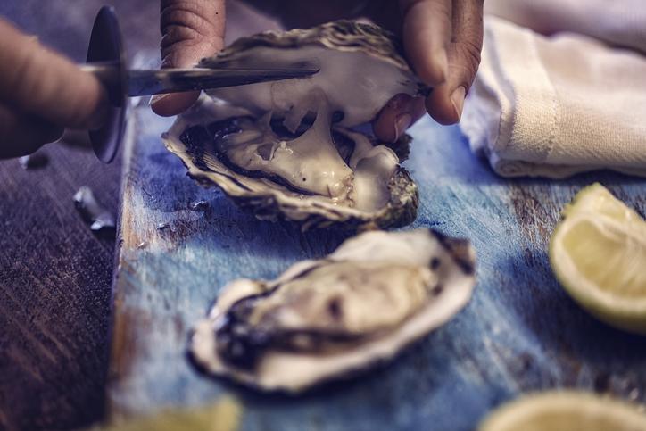 Ostrica, i consigli (e un viaggio) per degustarla al meglio