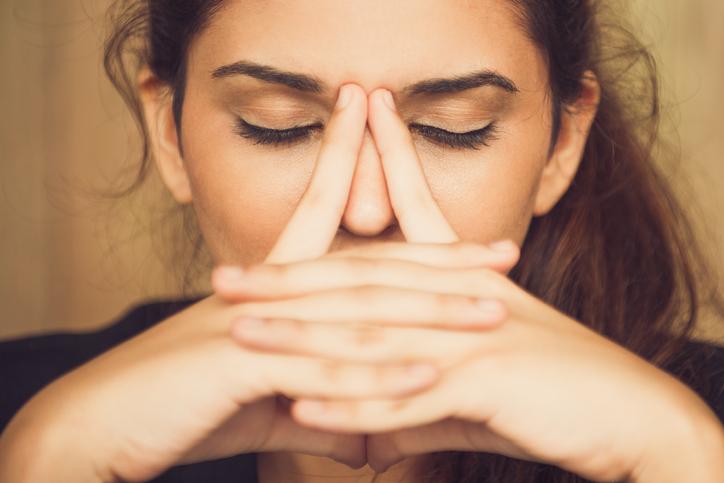 Yoga per gli occhi, gli esercizi per il comfort visivo