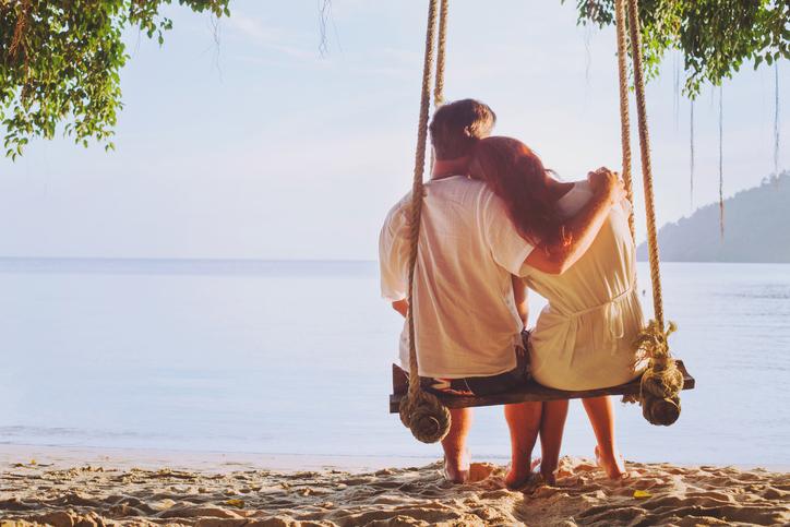 feeling, coppia felice, altalena