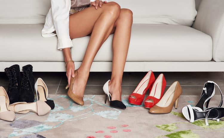 tacchi e scarpe da donna