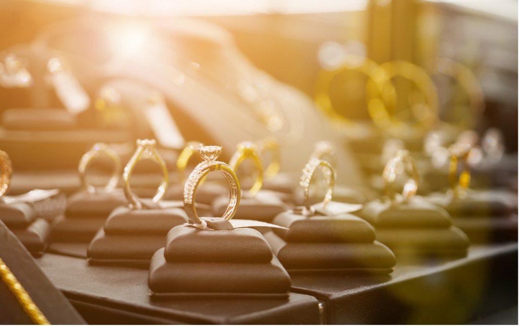 Gioielli, i profili del consumatore luxury