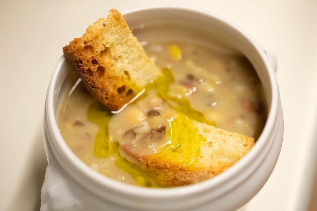Buon ricordo: la Crapiata, zuppa lucana di legumi