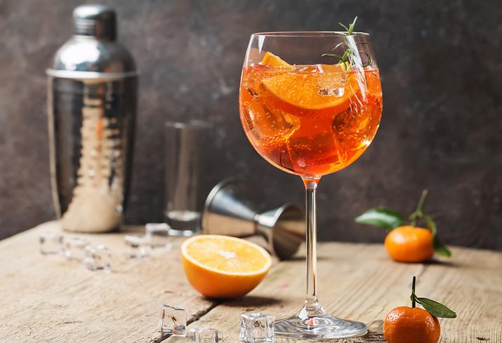 Spritz, l'aperitivo alcolico è leggenda