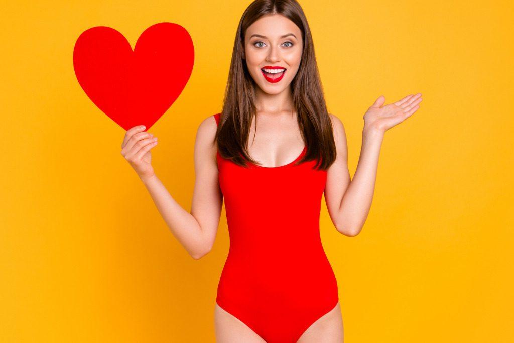 Sognare Costume Da Bagno Rosso : Beachwear rosso costumi da bagno moda mare san valentino