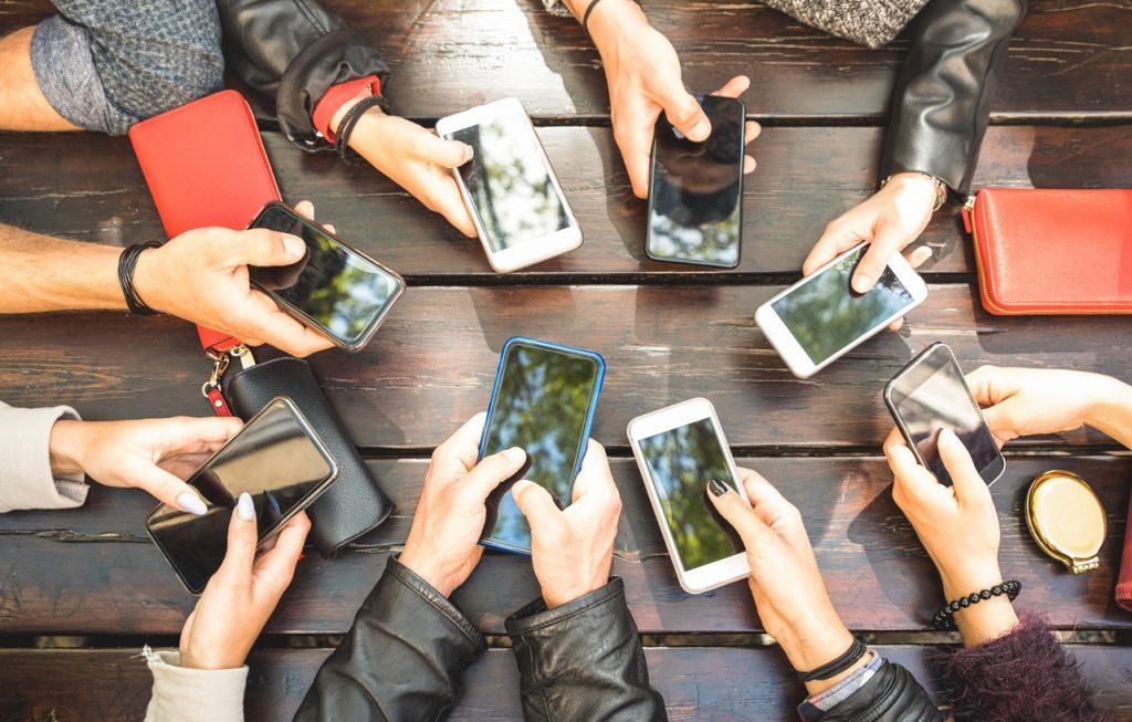 Migliori smartphone, cosa vogliono gli italiani