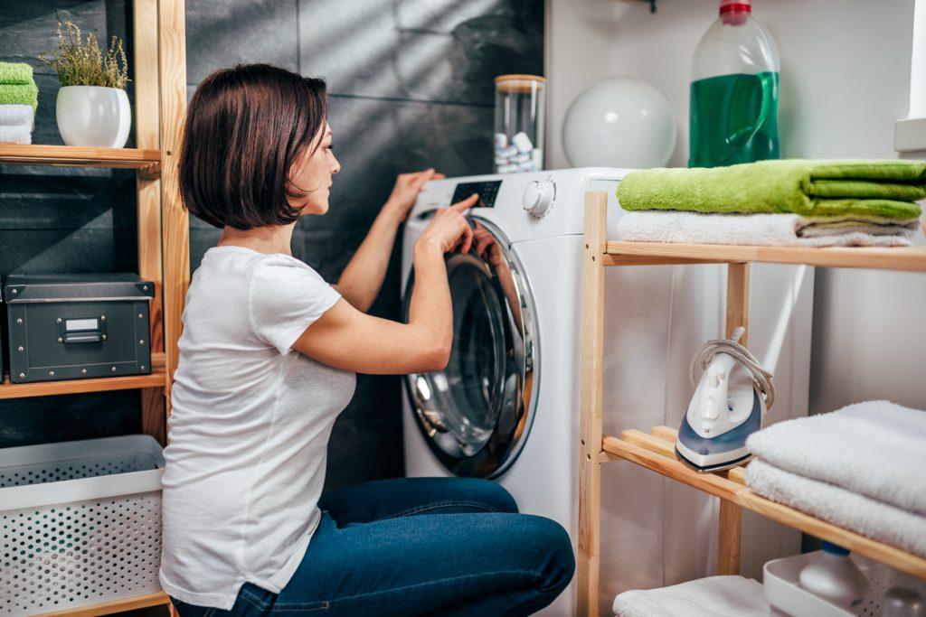 Pulire la lavatrice in pochi minuti e con pochi euro