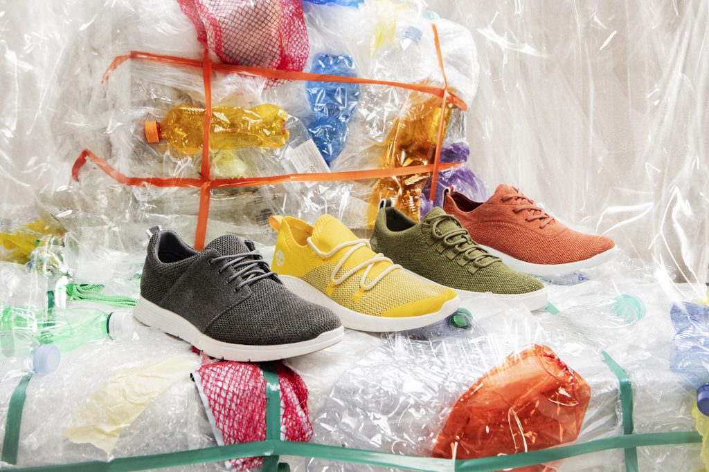 Eco sneakers, la creatività si fa green