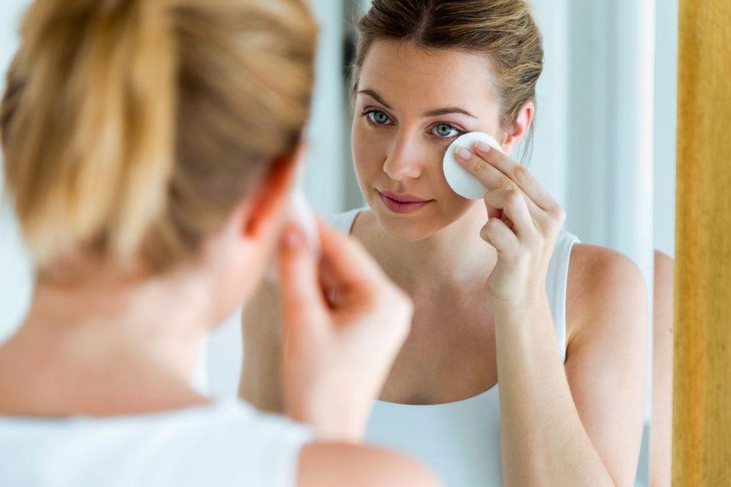 errori da evitare quando ci laviamo la faccia