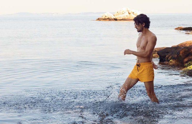 Costumi eco, l'evoluzione del beachwear maschile