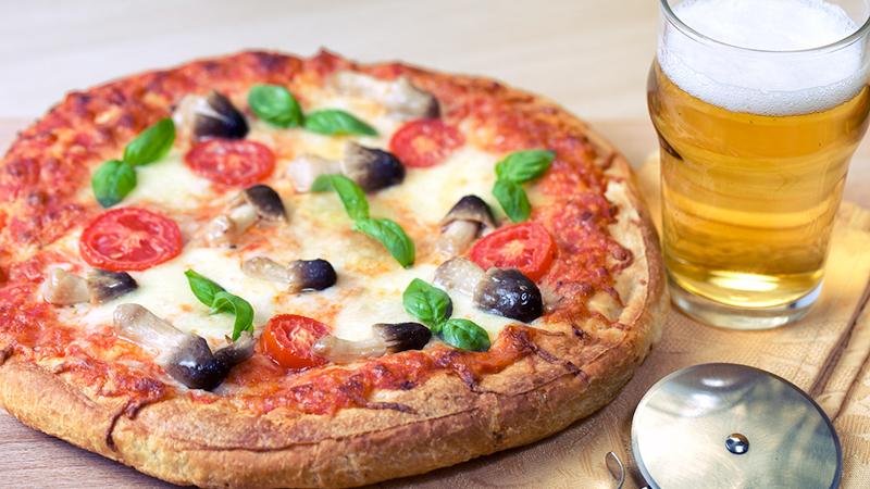 combinazioni fatali, pizza e birra