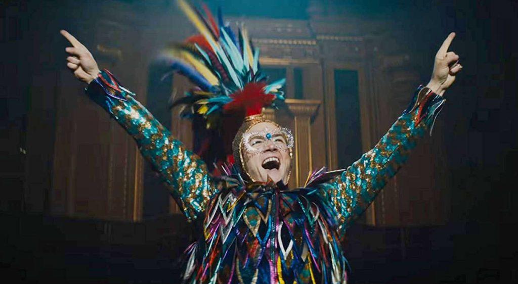 Rocketman, i costumi spettacolari del film su Elton John