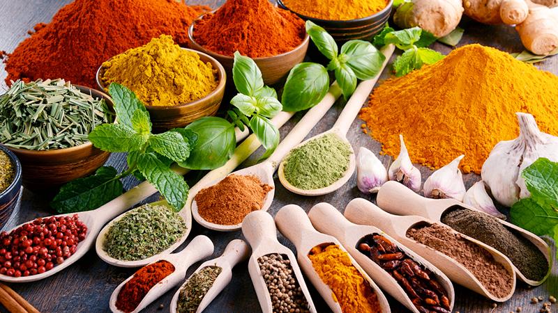 Dieta mediterranea, via libera a spezie ed erbe