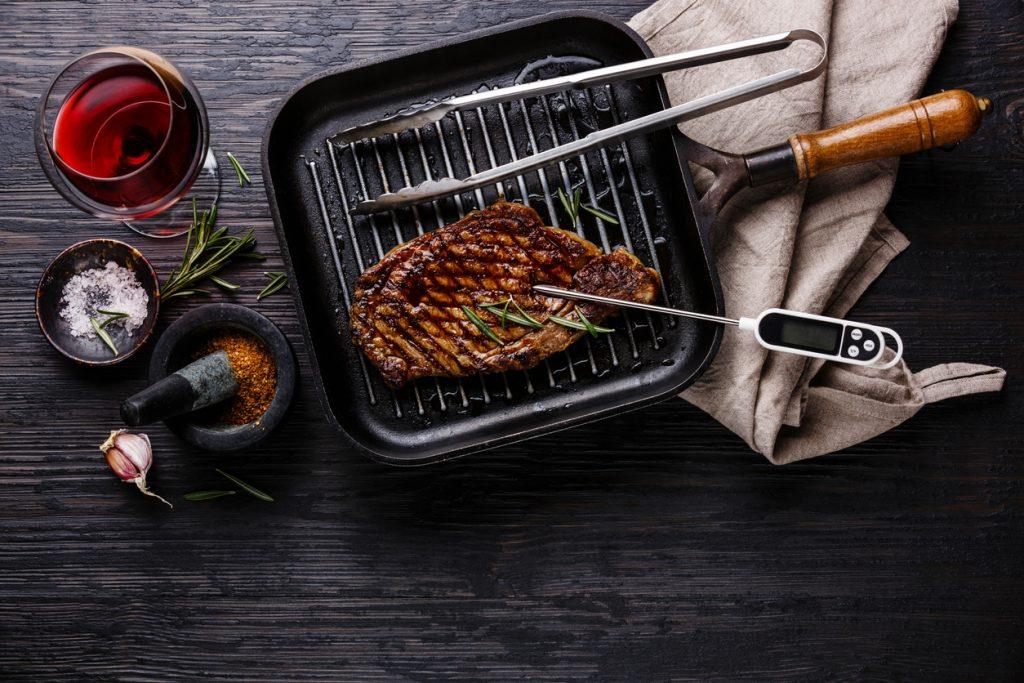Cuocere la carne non ha più segreti con i consigli degli chef