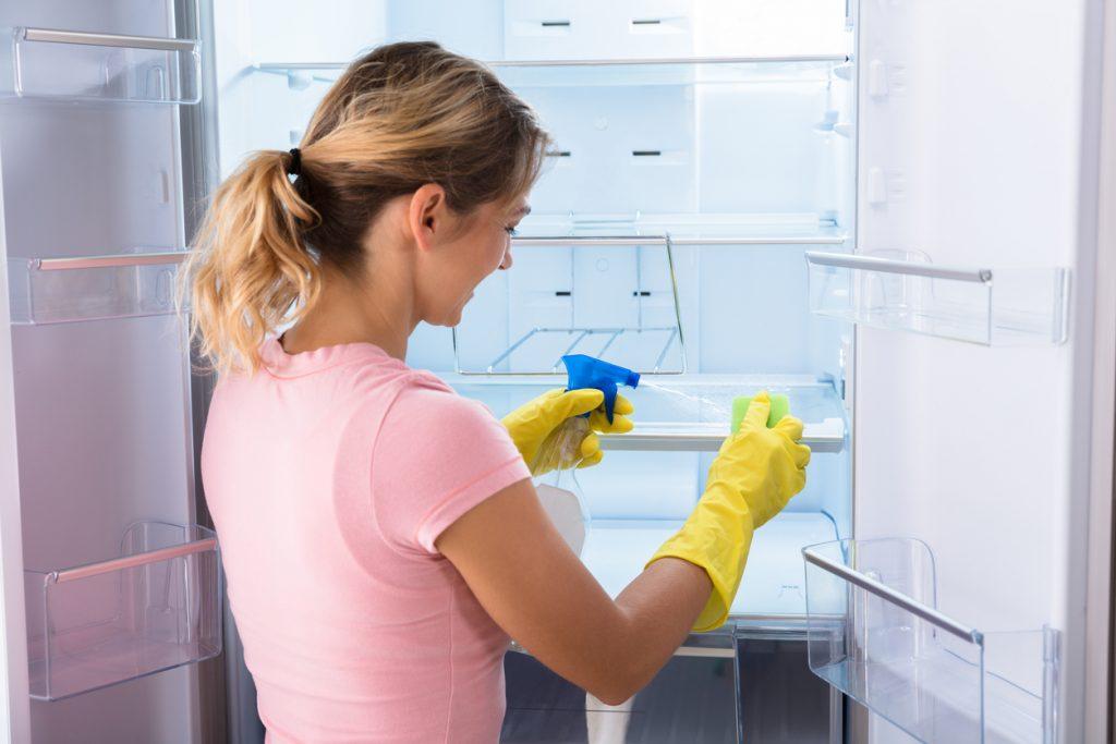 Come mantenere il frigorifero pulito