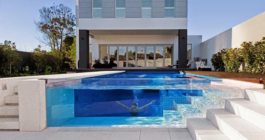 Le piscine trasparenti sono il must dell'estate 2019