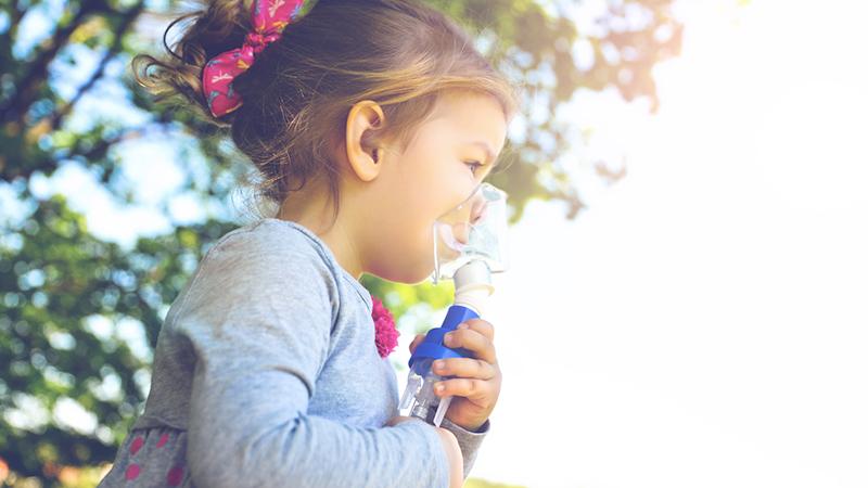 Asma infantile, la colpa è dell'inquinamento atmosferico