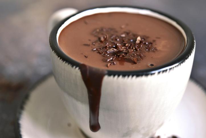 Come preparare una cioccolata calda da leccarsi i baffi