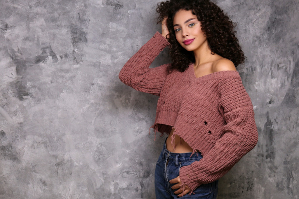 Crop top, protagonista anche in inverno