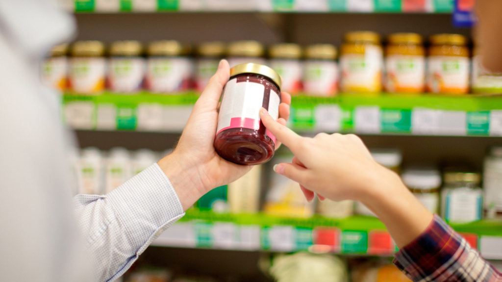 Risparmiare sulla spesa, leggere le etichette