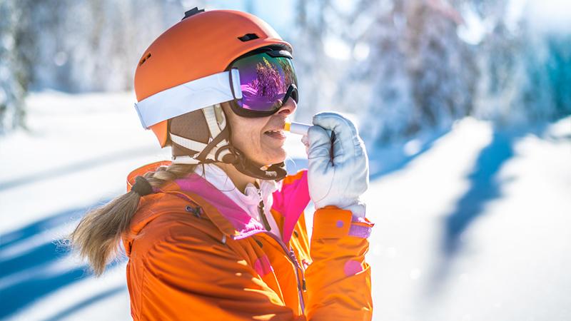 Skincare ad alta quota, il beauty case della sciatrice