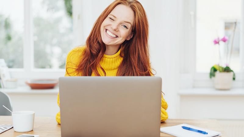 Smart working, come vestirsi per lavorare da casa