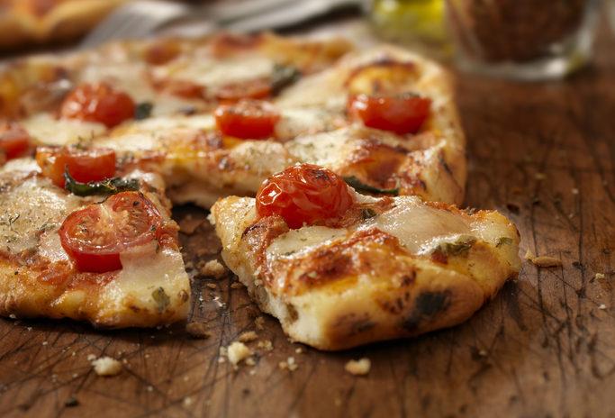 Tutto l'occorrente per la pizza fatta in casa