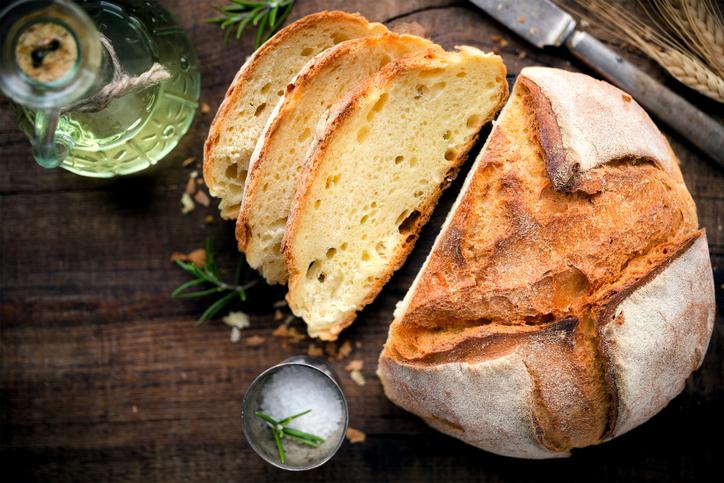 Tutti gli strumenti per un ottimo pane fatto in casa