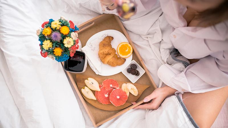 Colazione a letto, una coccola per due