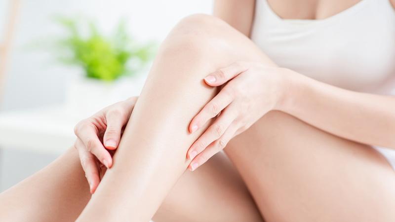 depilazione indolore, gambe lisce
