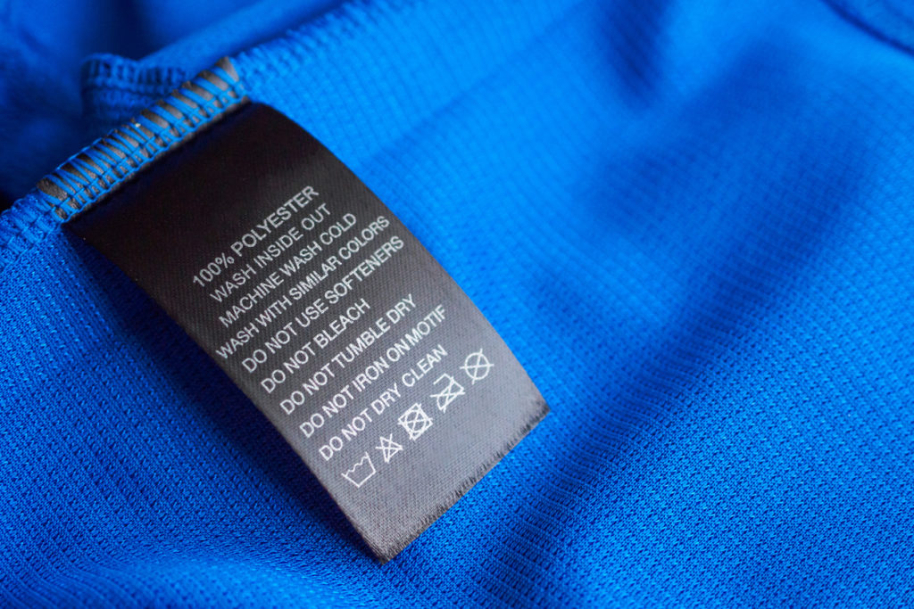 etichetta abbigliamento