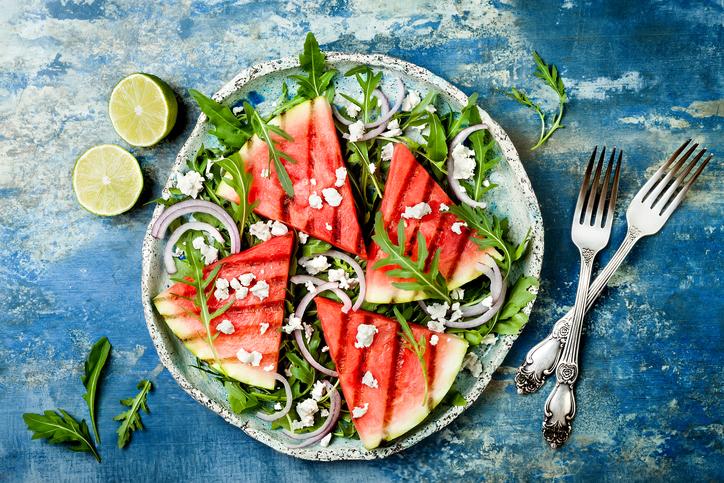 Anguria, protagonista della tavola estiva: tre ricette salate