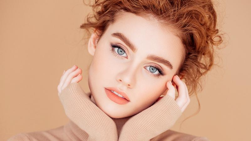 Tendenze make-up, i colori giusti per ripartire in bellezza